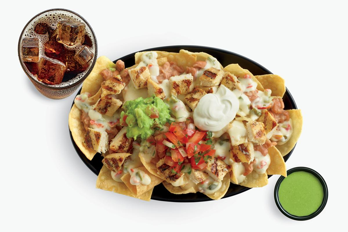 Chicken Nachos with cola